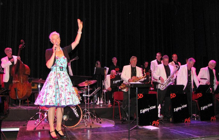 Loes Ossevoort en Bigband Eighty Nine