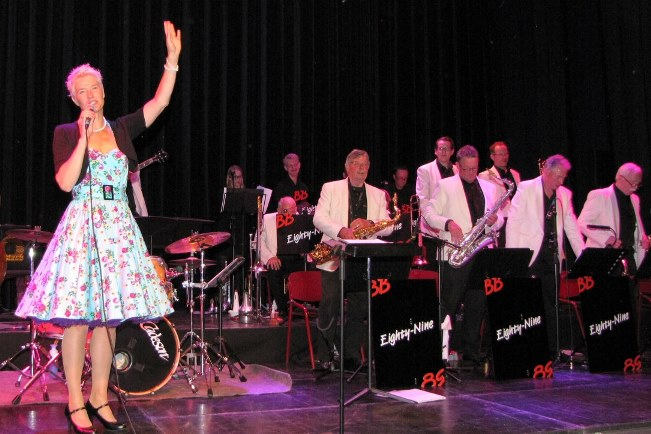 Loes Ossevoort van Big Band Eighty-Nine